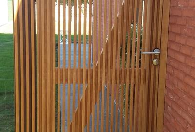 Poort hout zijkant